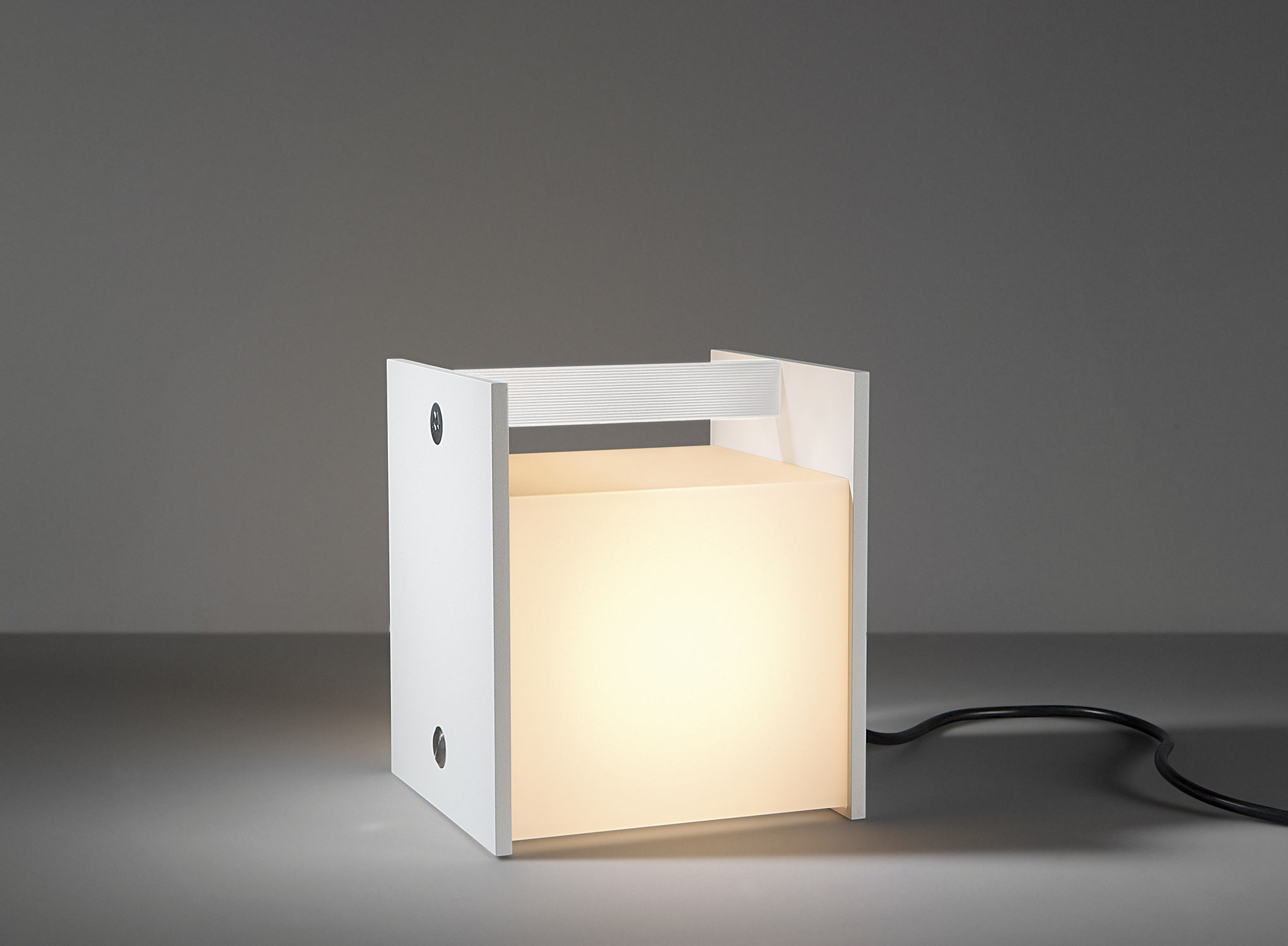 twist portable lamp