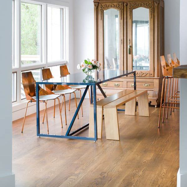 Incroyable Contemporary Dining Table / MDF / Glossy Lacquered Wood / Powder Coated  Steel   STRUT