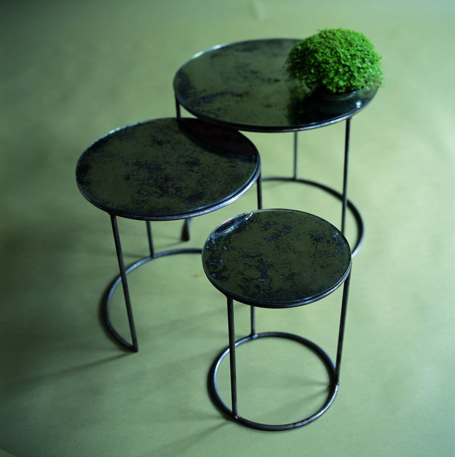 Contemporary nesting tables glass steel round MOON OCHRE