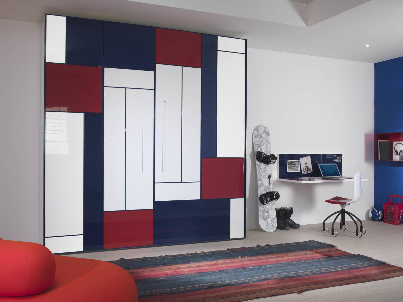 Contemporary wardrobe / wooden / with swing doors / child\'s ...