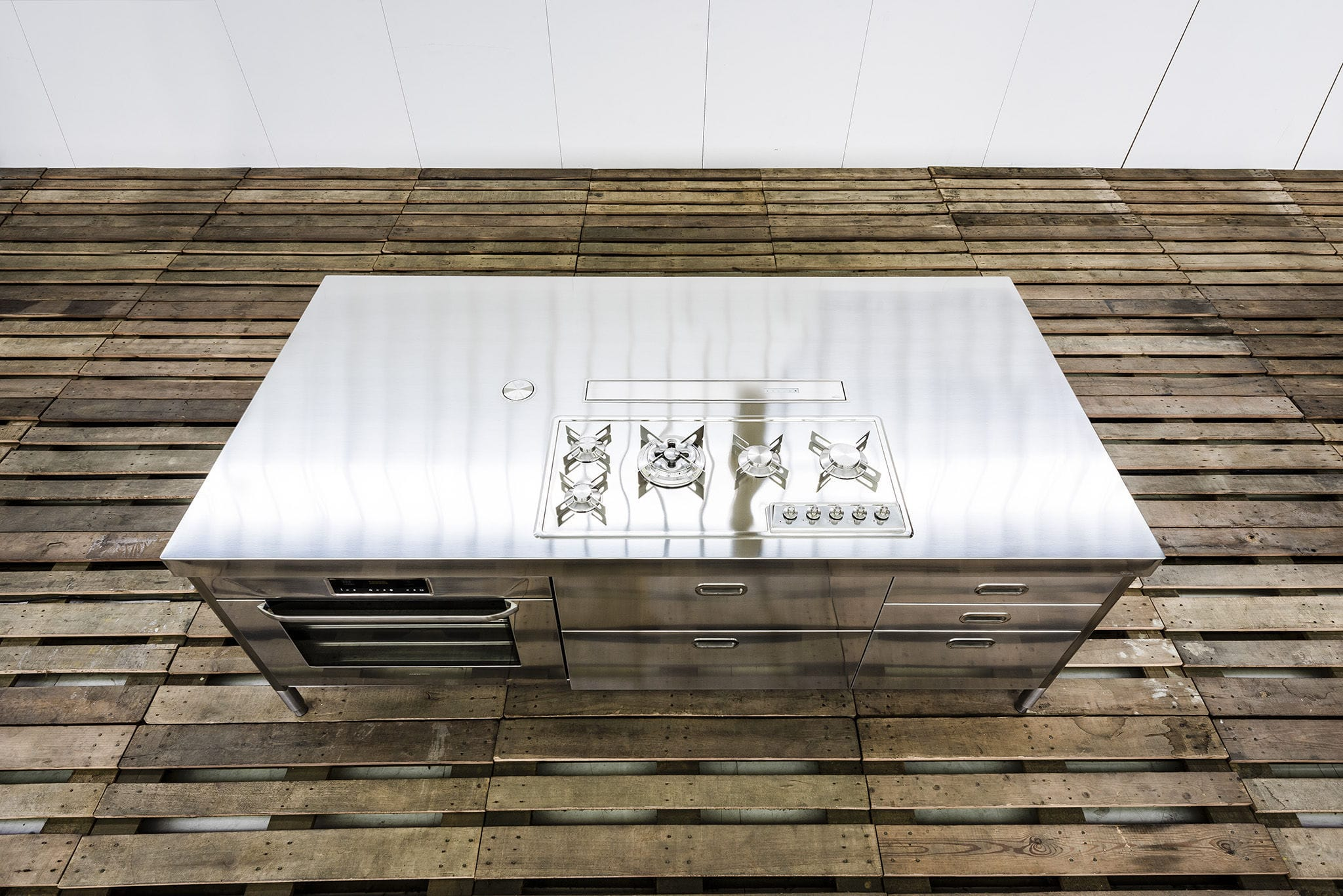 Contemporary kitchen island 250 WITH BUILT IN EXTRACTOR HOOD