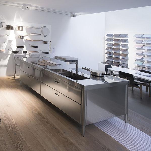Alpes Inox kitchen island - snack bar unit 125x280 - alpes-inox