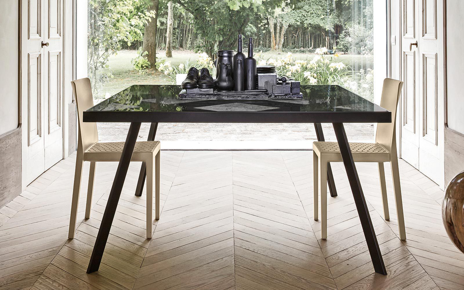 Contemporary dining table / glass / metal / rectangular - FRAME by ...