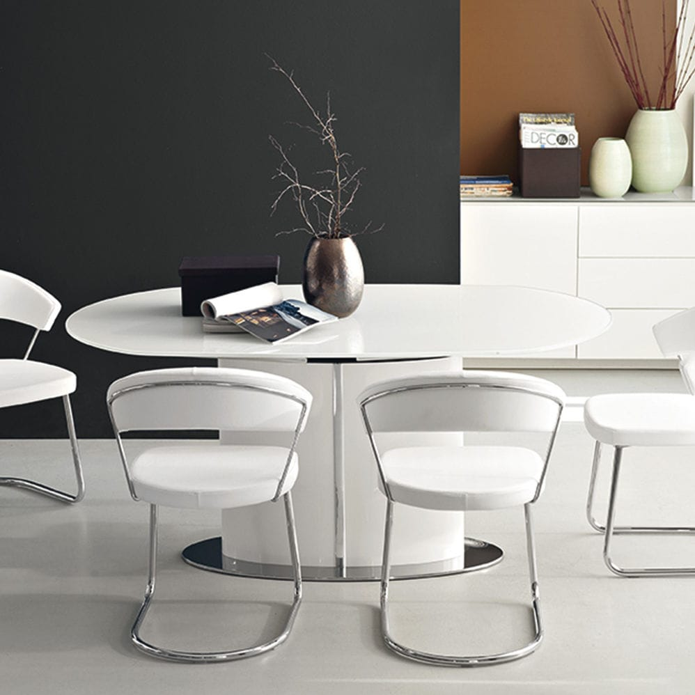 Contemporary Dining Table Tempered Glass Oval Extending Odyssey