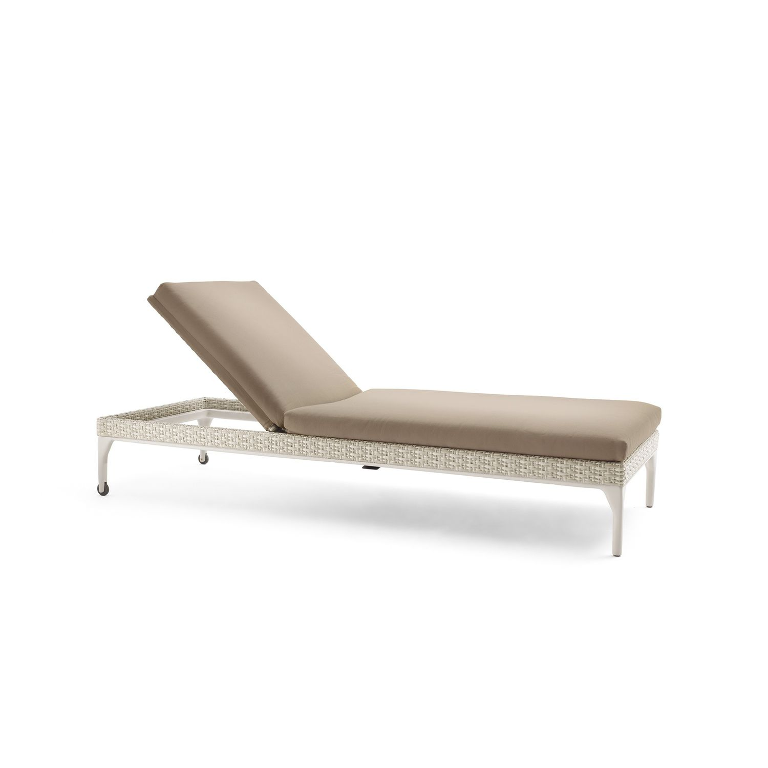 of lovely design cushion replacement classic chaise resin lounge plastic wicker