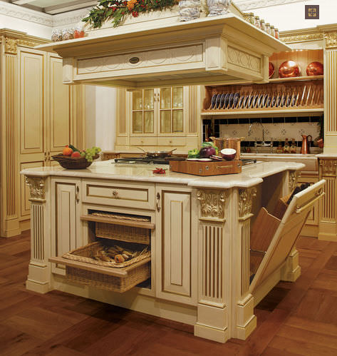 Traditional kitchen wooden island ROYAL LUXURY by Franco – Royal Kitchen