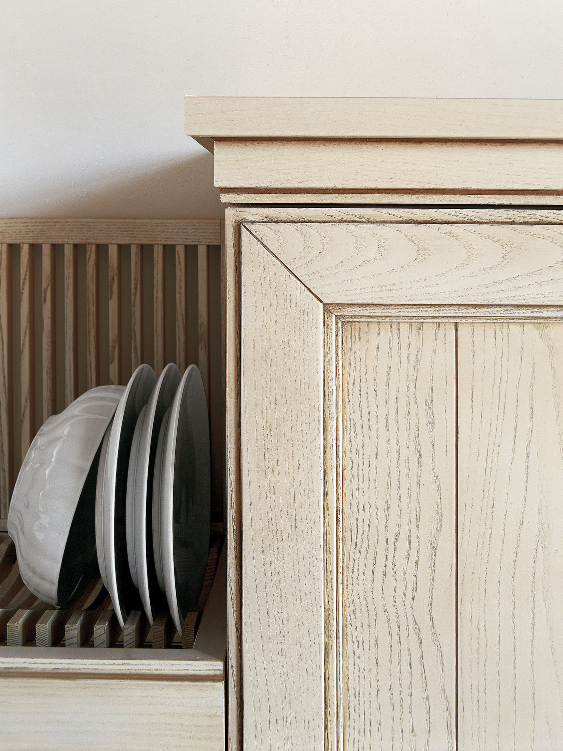 Traditional kitchen / ash / solid wood / lacquered - SETTECENTO - GD ...