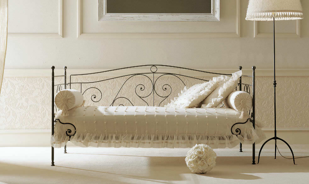 Single Bed Traditional Wrought Iron