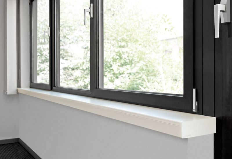 Charmant ... Wooden Window Sill / Interior ...