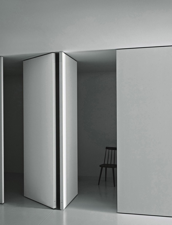 Indoor Door For Walkin Closet Pivoting With Offset Axis - Porte pivot