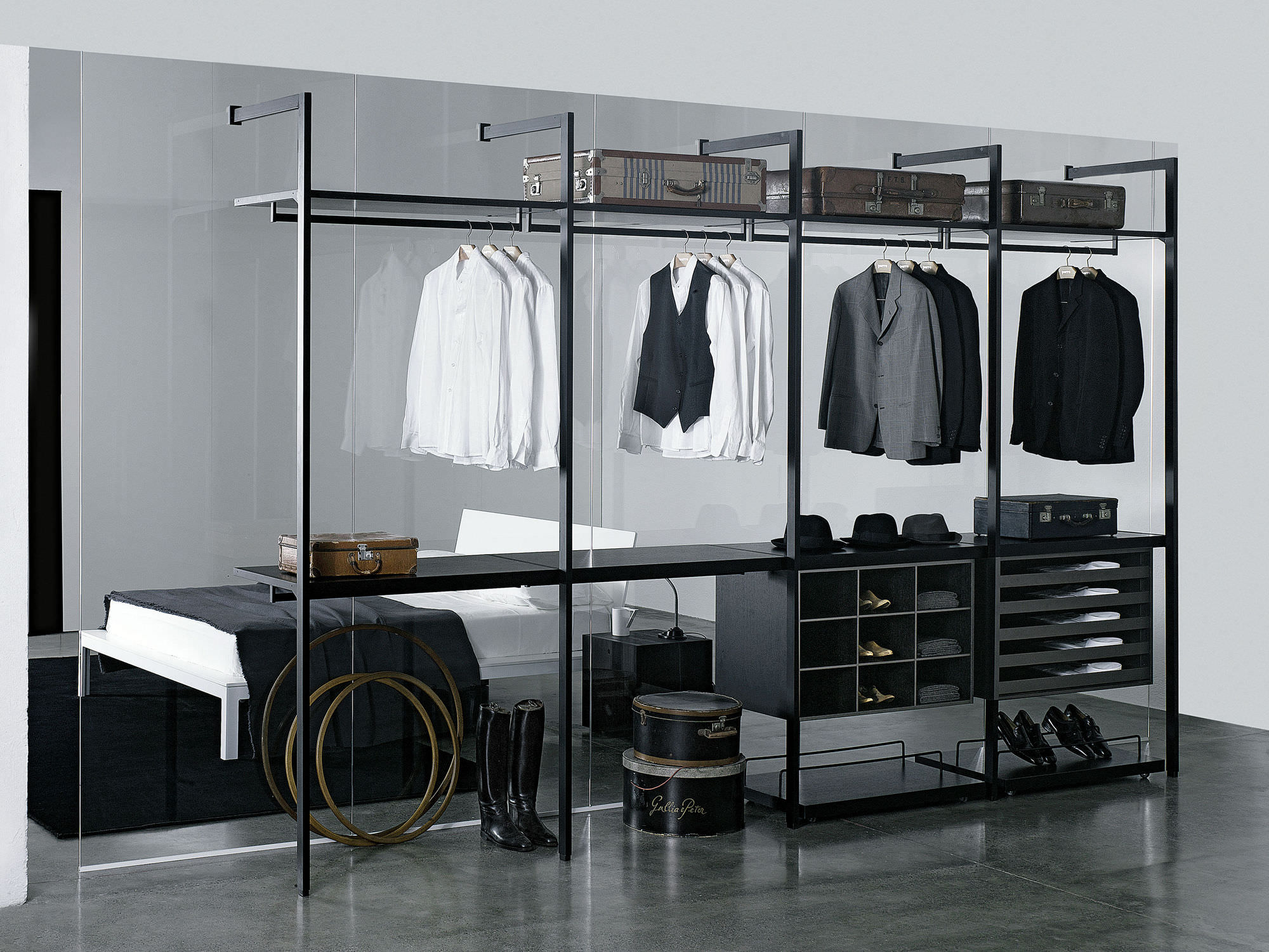 Contemporary Walkin Wardrobe Wooden Custom Highend WALK - High end closet design