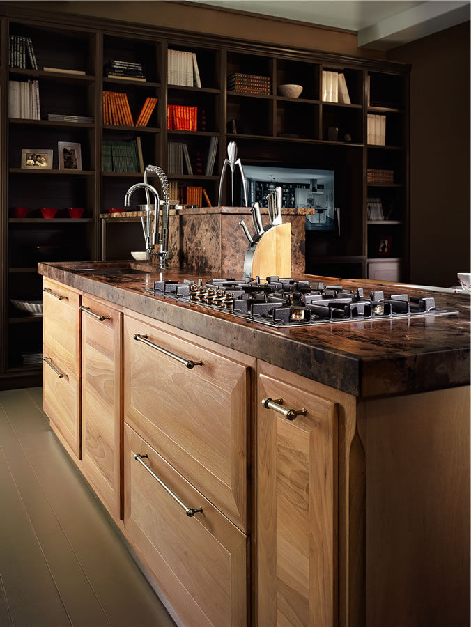 Contemporary kitchen / wooden / wood veneer / solid wood - EVITA ...