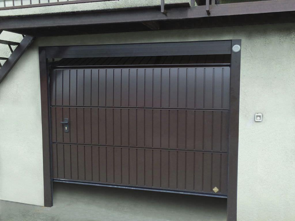Sectional garage door - Sectional Garage Doors Aluminum Automatic Pegaso Doga