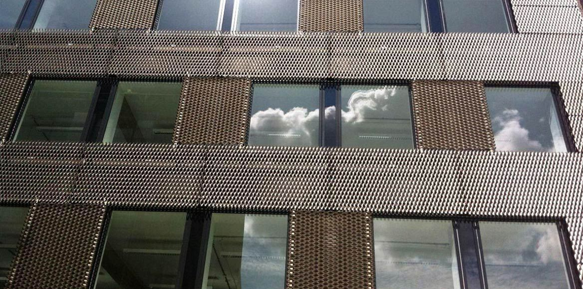 ... Cladding Metal Mesh / For Curtain Walls / Metal / Expanded GREAT SUTTON  STREET James U0026