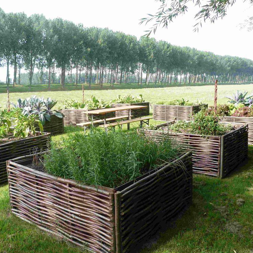 Residential Garden Planter   THE FOUR SEASONS