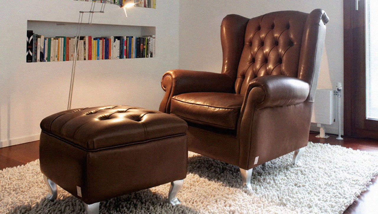 Chesterfield Armchair / Leather   BERGERE