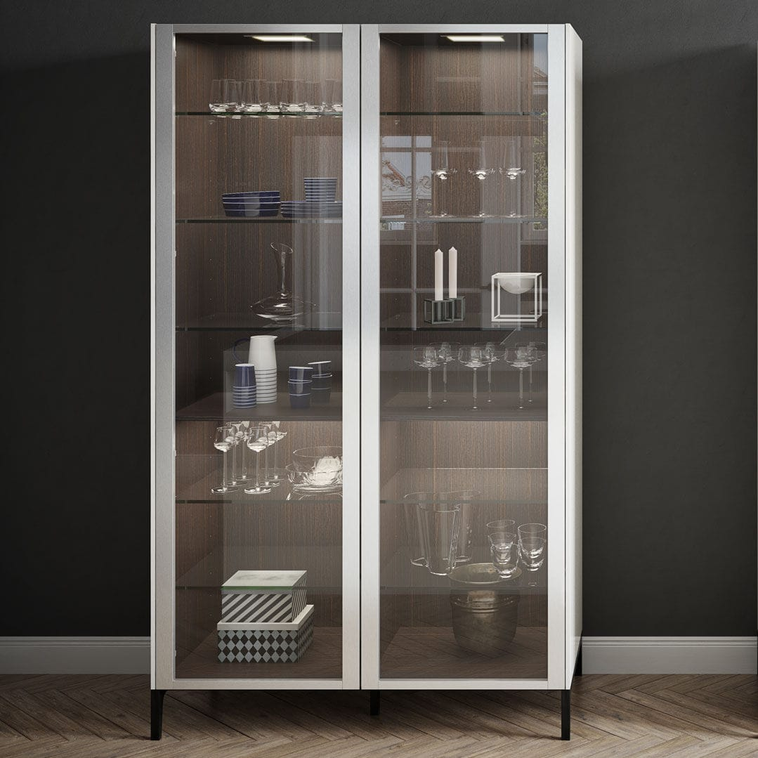Merveilleux Contemporary China Cabinet / Lacquered Wood / Glass   URBAN : SE + S2