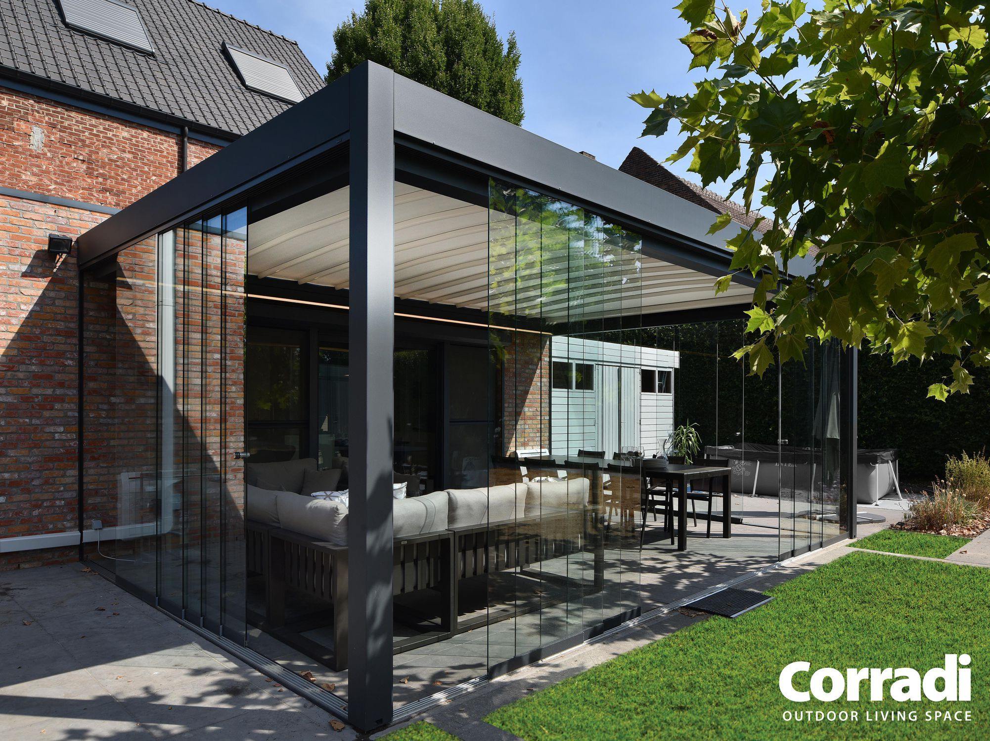 Self Supporting Pergola / Aluminum / With Mobile Slats / With Sliding  Canopy   PERGOTENDA® MAESTRO