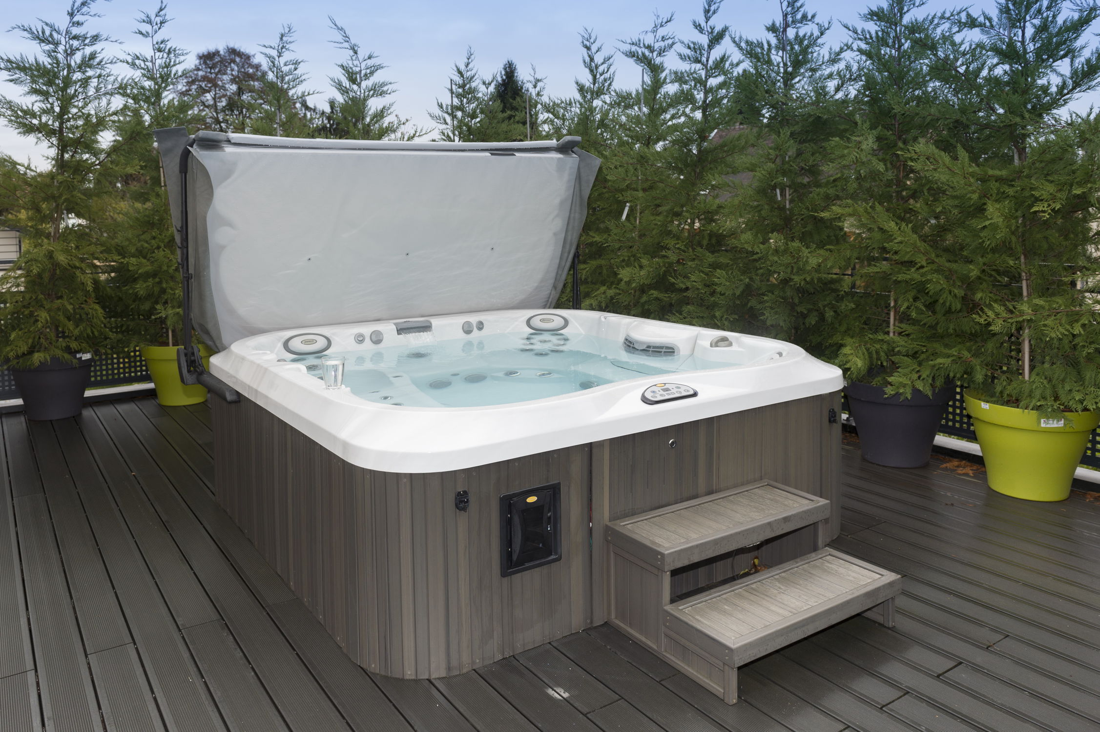 Above-ground hot tub / square / 6-person / outdoor - J-375 ...