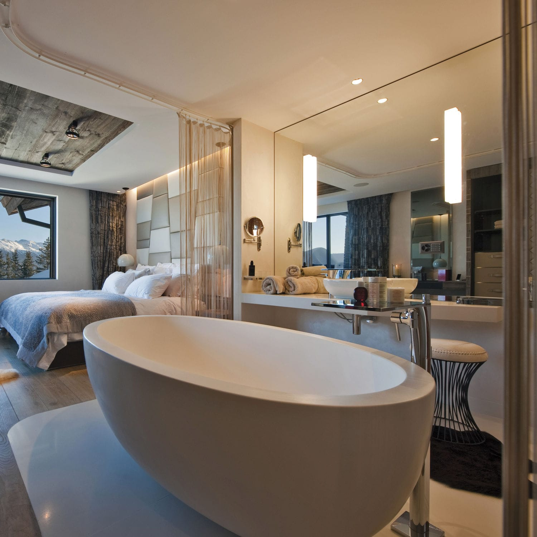 Free-standing bathtub / oval / composite - OCEANUS - Castello Luxury ...