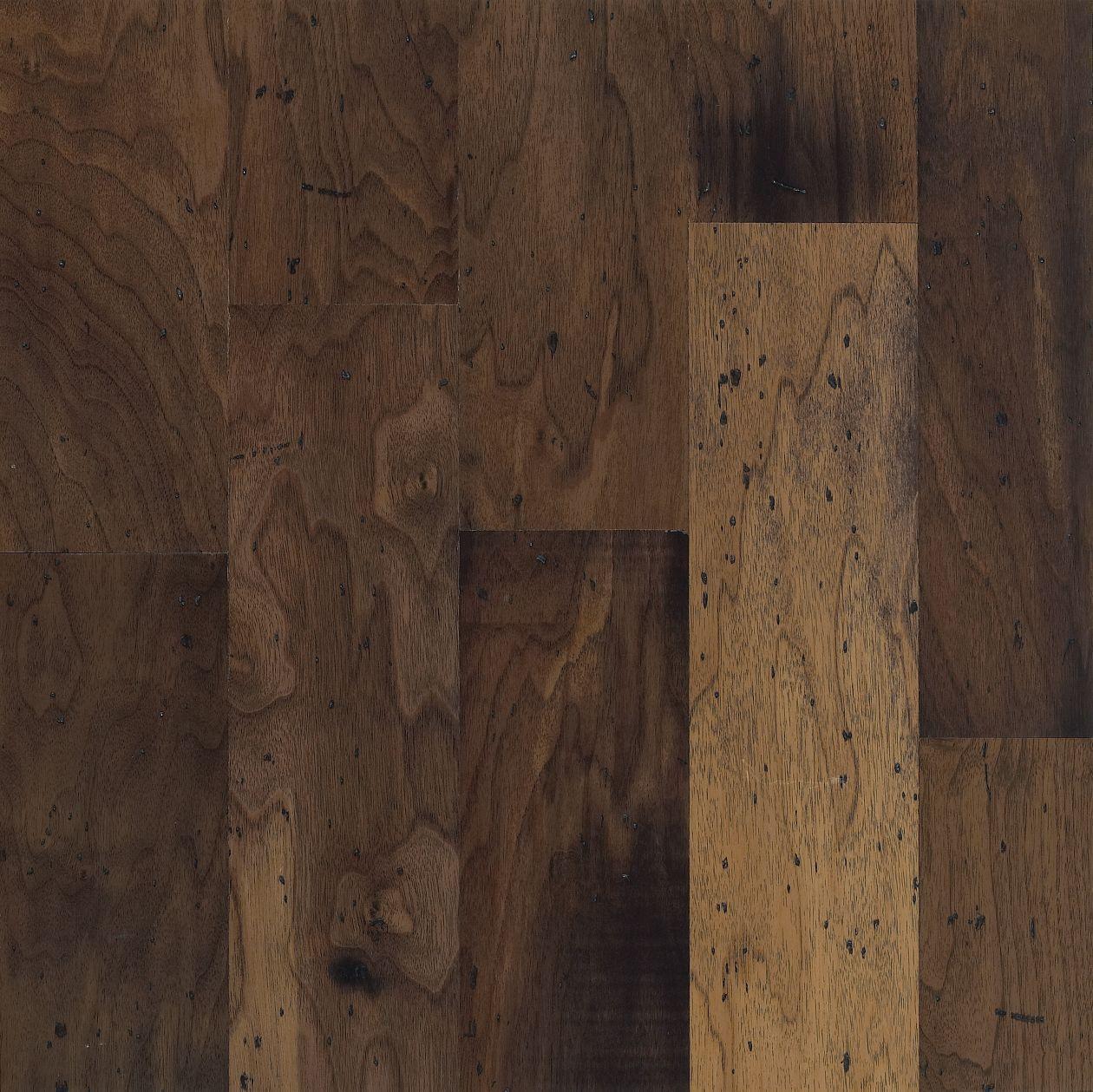 Engineered Parquet Flooring / Glued / Floating / Walnut WALNUT: ANTIQUE  NATURAL Armstrong Flooring