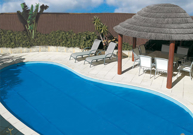Security swimming pool cover - SOLAR BLANKET - Elite Pool Covers