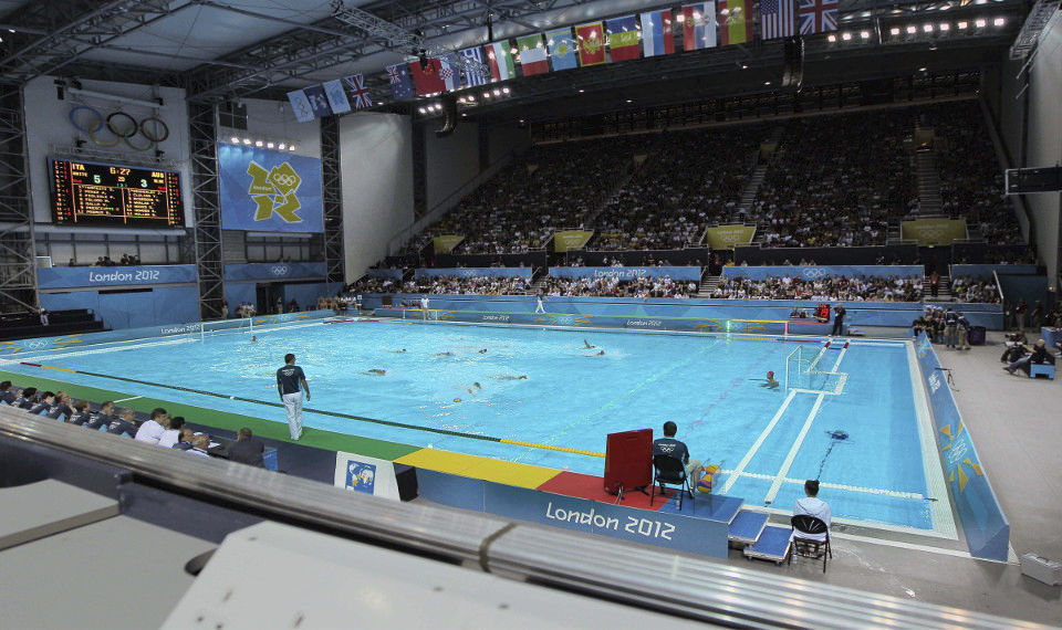 concrete competition pool public indoor outdoor london 2012 xxx olympic games myrtha pools - Olympic Swimming Pool 2012