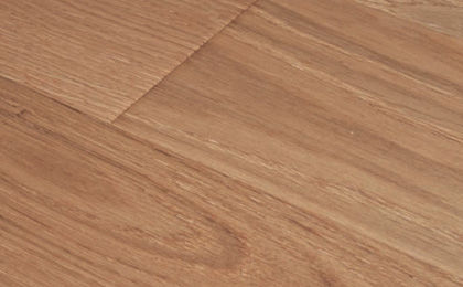 Engineered parquet flooring / floating / brushed / varnished ...