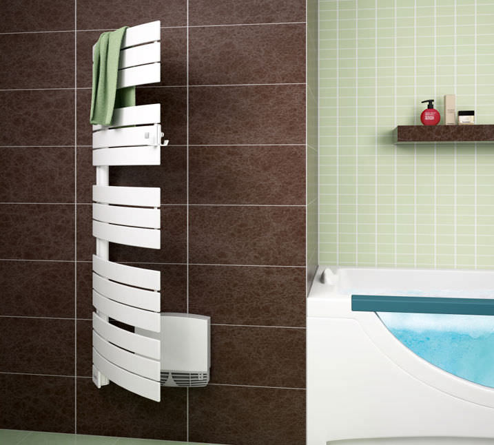 Electric Towel Radiator / Metal / Contemporary / With Ventilator