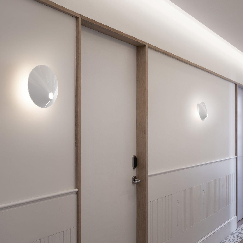 contemporary wall light  aluminum  polycarbonate  led  nÓn lÁ  - contemporary wall light  aluminum  polycarbonate  led  nÓn lÁ a byjorge pensi