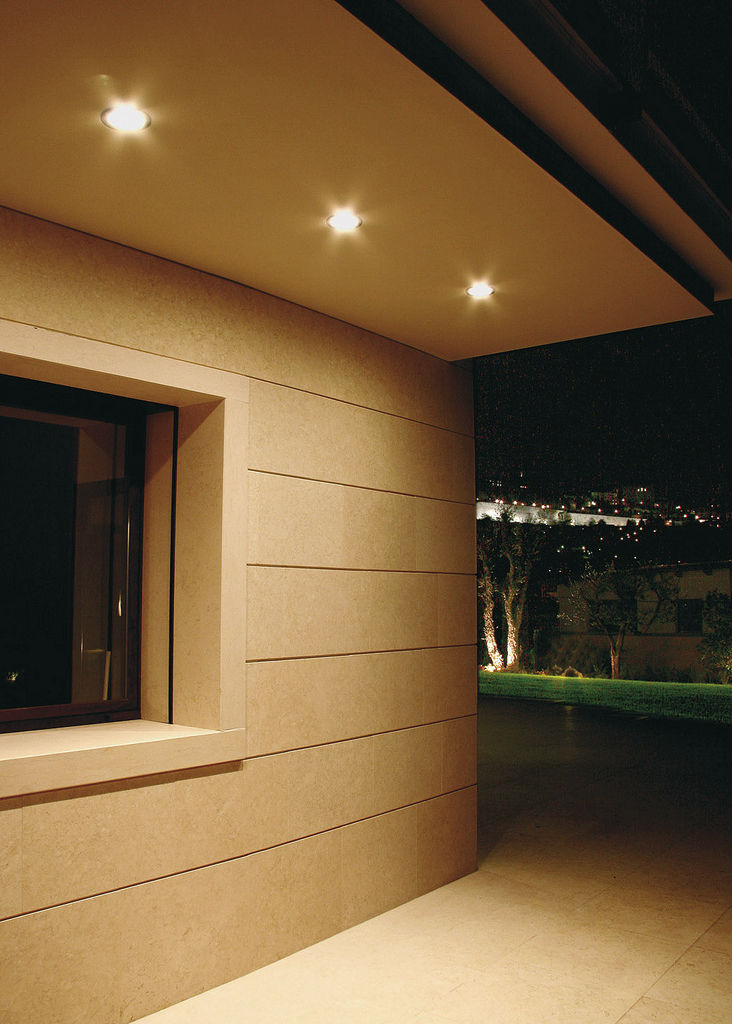 exterior recessed downlight
