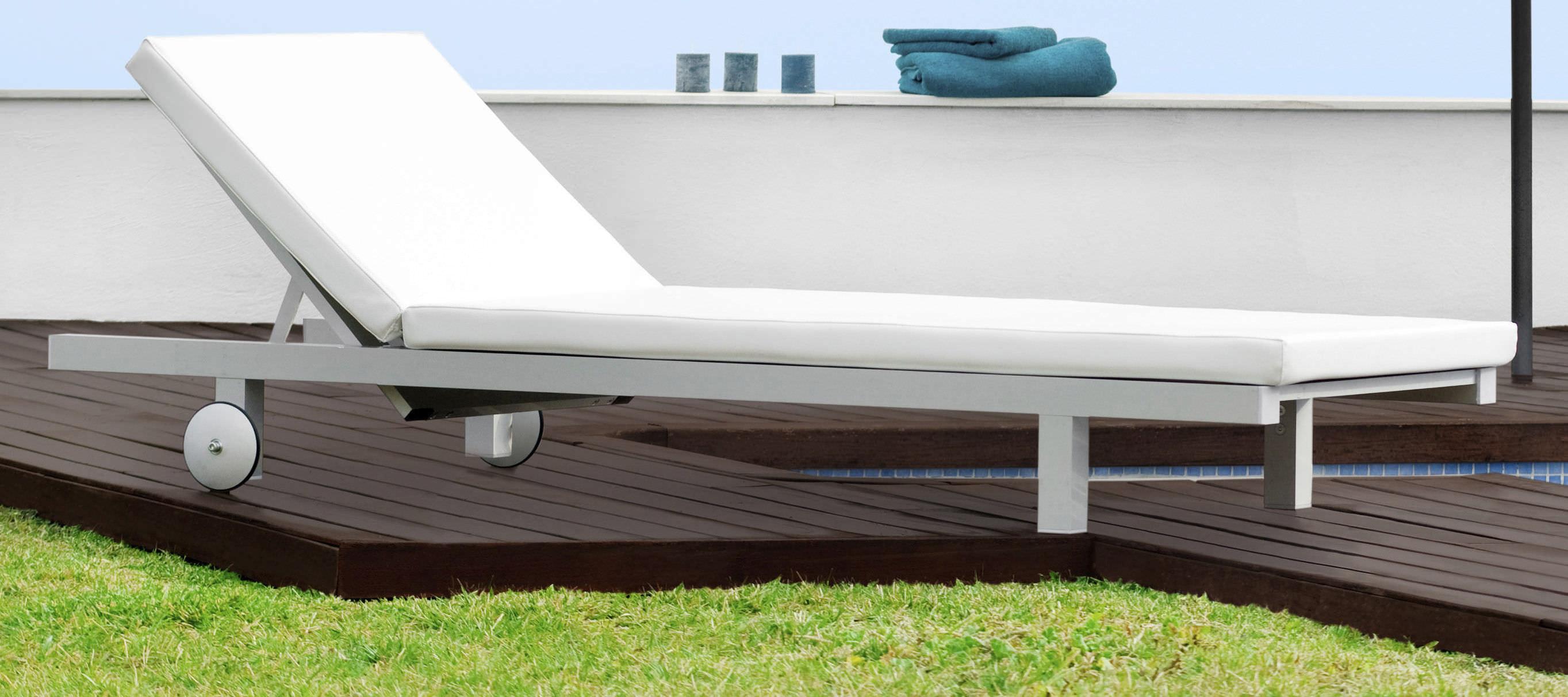 Contemporary Sun Lounger Aluminum Outdoor Laguna Blue  # Muebles Tadel Grup