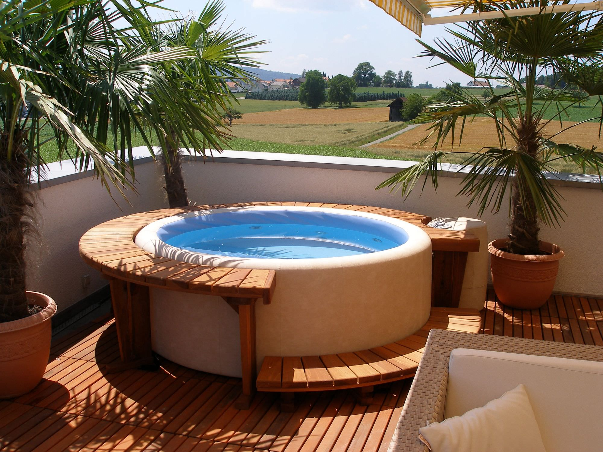 ... above-ground hot tub / circular / with integrated LED lighting & Above-ground hot tub / circular / with integrated LED lighting ...