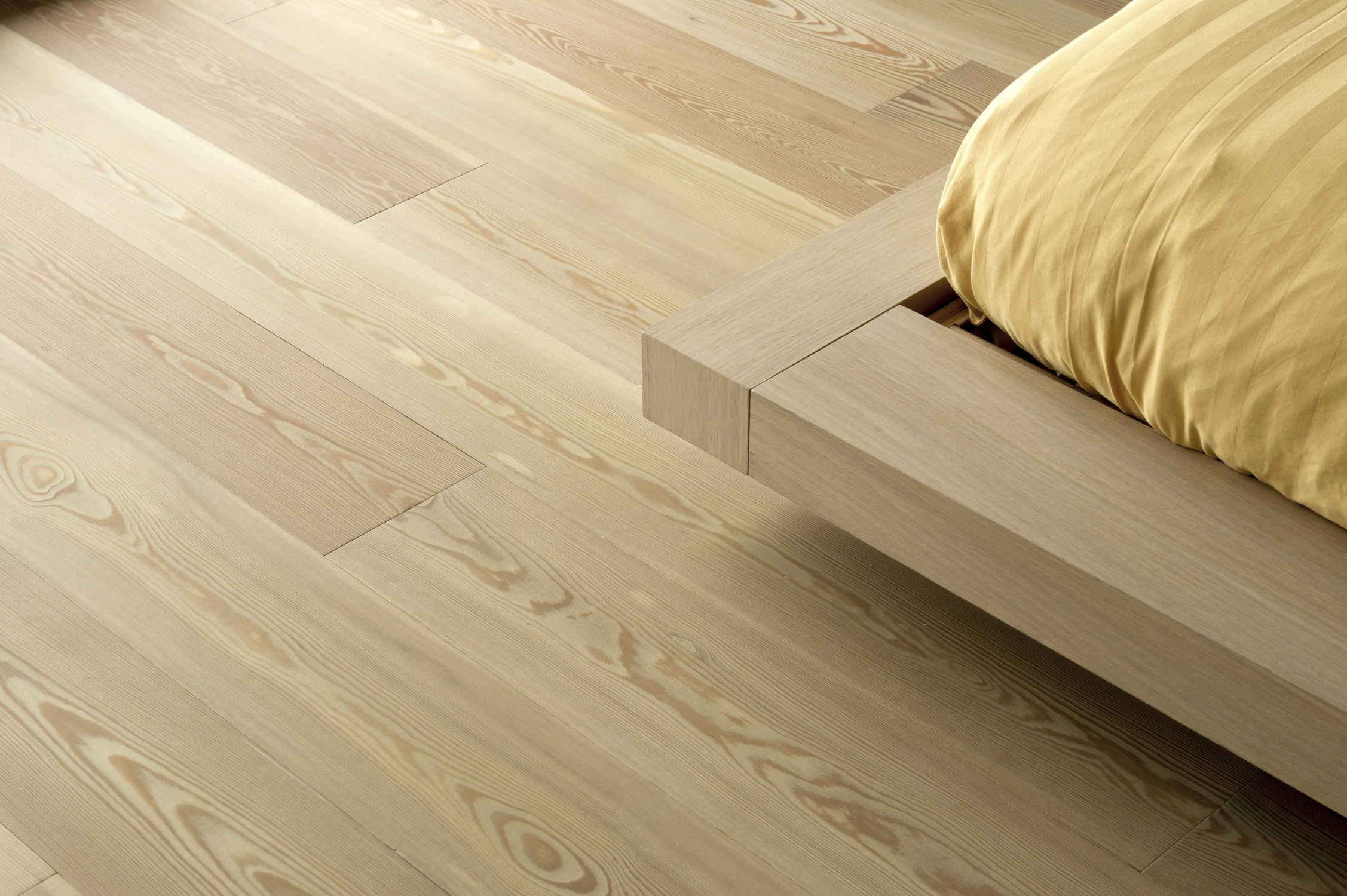 Engineered Parquet Floor Glued Larch Varnished