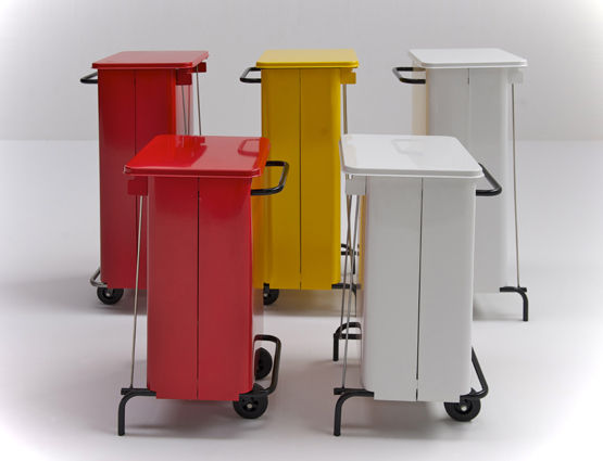 ... Kitchen Trash Can / Stainless Steel / With Wheels / Contemporary