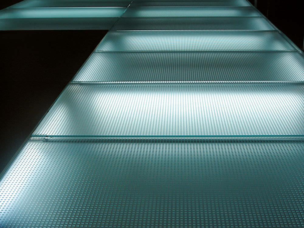 Float glass glass panel / patterned / for flooring / non-slip ...
