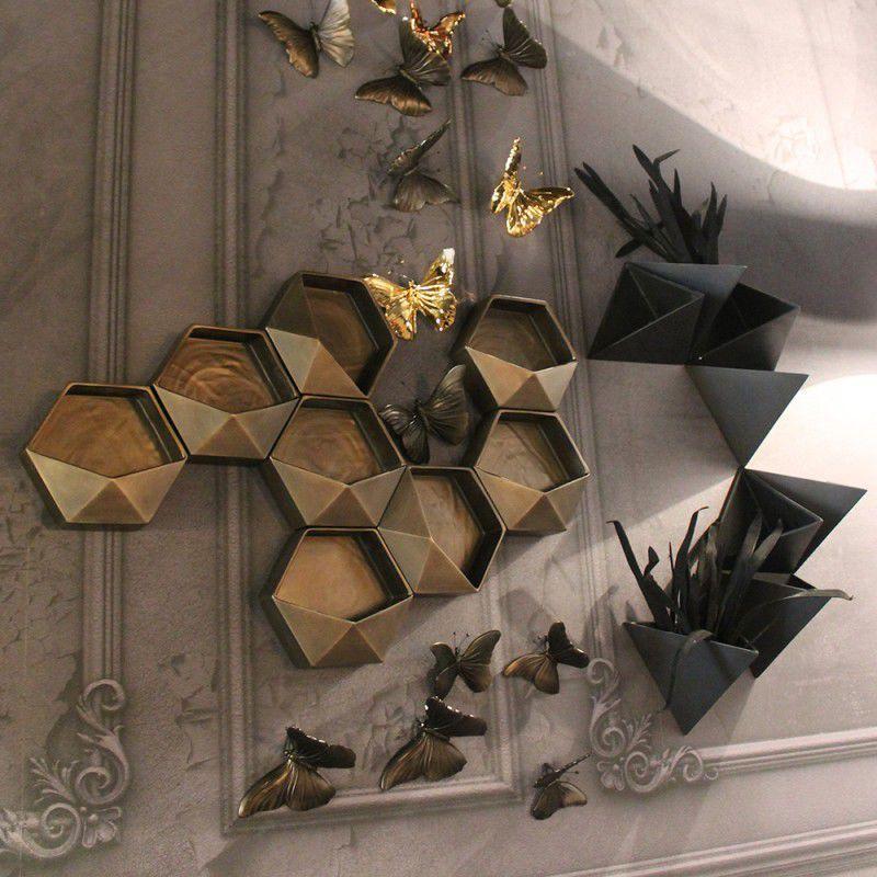 Original design vase / ceramic / wall-mounted - AQUILONE - ADRIANI E ...