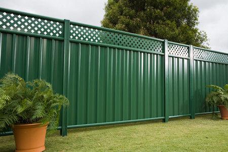 Attractive Garden Fence / Steel   NEETASCREEN®