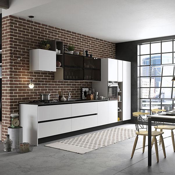 High Quality Contemporary Kitchen / Ash / Glass / Island   MIA