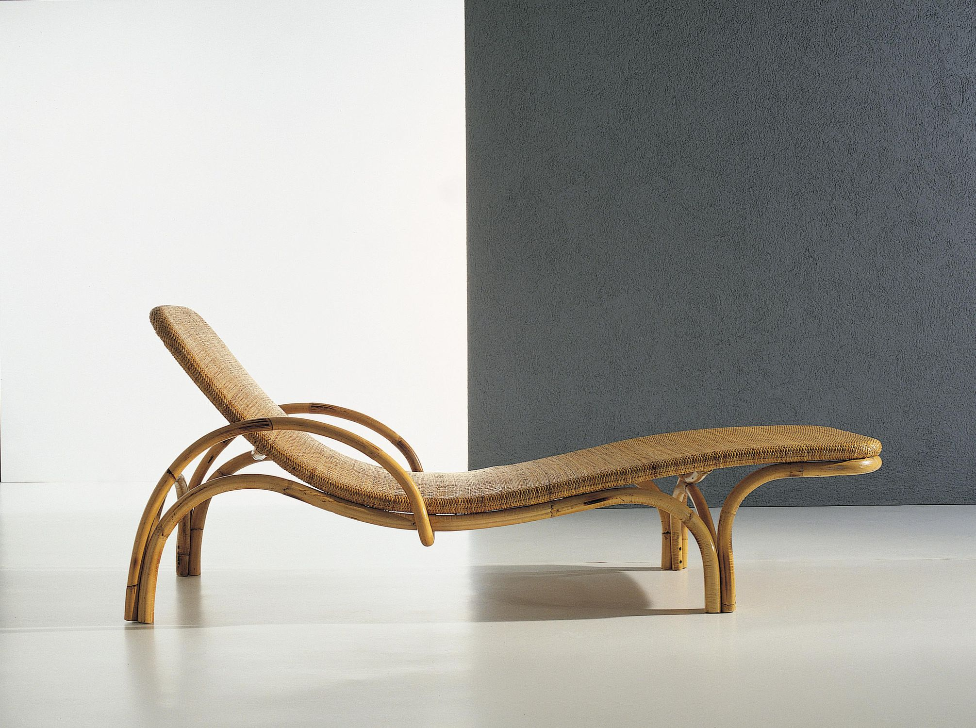 Chaiselongue rattan  Contemporary chaise longue / rattan - 444 by Lorenzo Forges ...