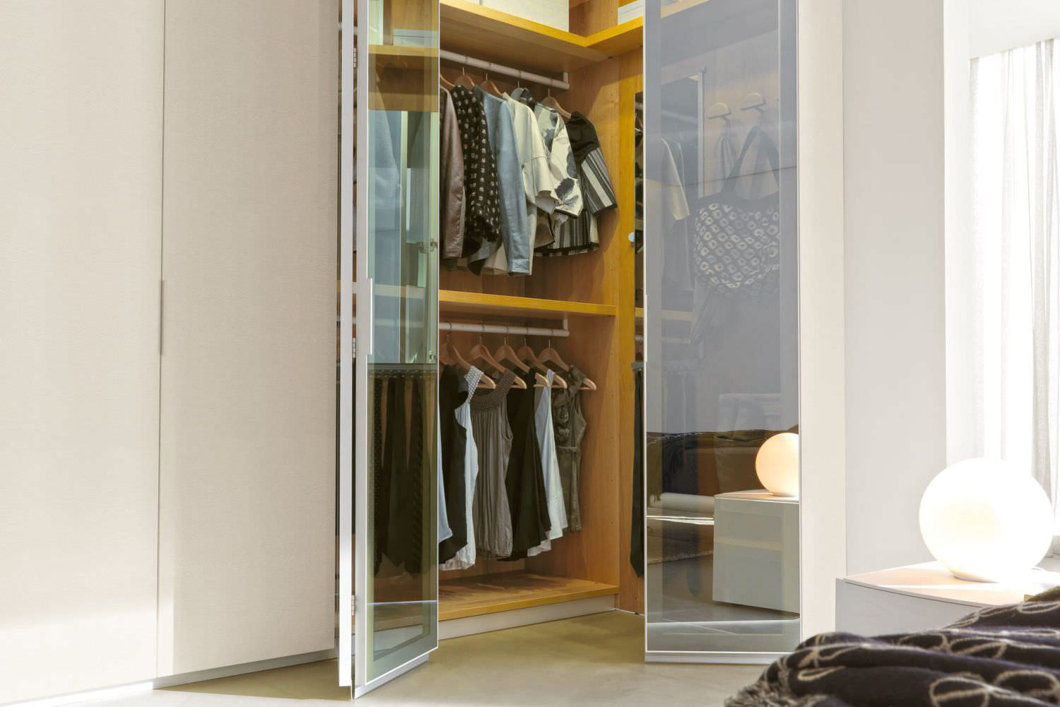 ... Corner Wardrobe / Contemporary / Glass / Lacquered Glass ...