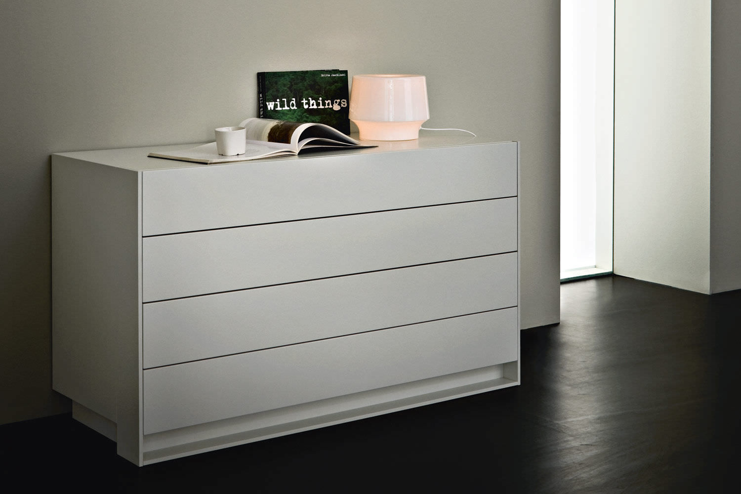 Contemporary Chest Of Drawers Wooden Lacquered Wood Matte  # Giellesse Muebles