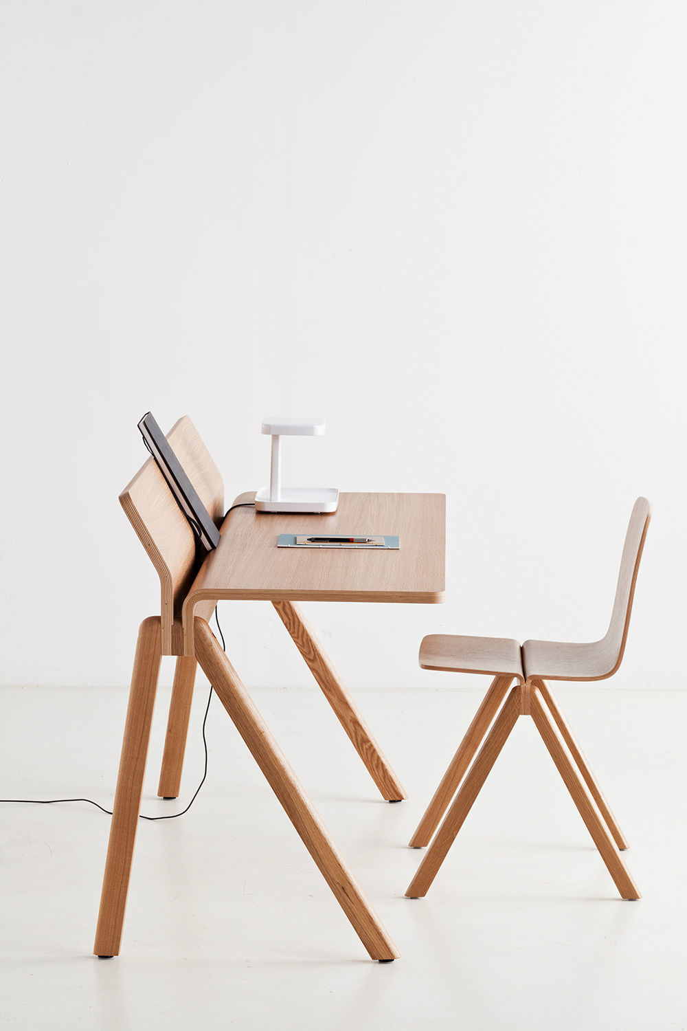 oak desk scandinavian design by ronan erwan bouroullec copenhague cph190 - Scan Design Desk