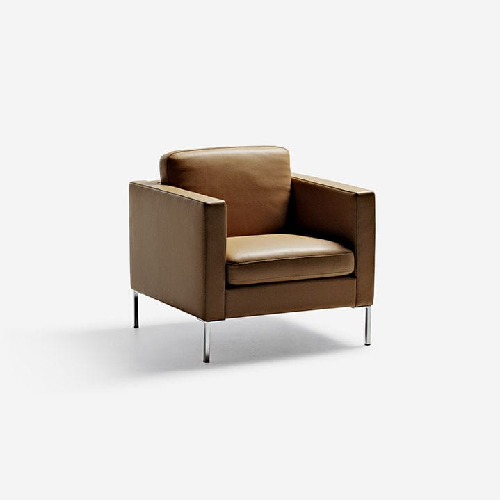Ordinaire Contemporary Armchair / Fabric / Leather / Metal   ANYTIME By LC Made