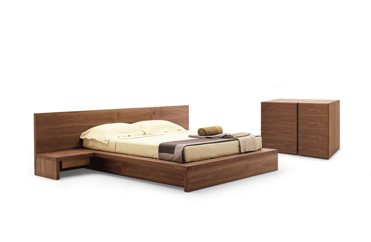 Contemporary chest of drawers / solid wood - COMO by Pininfarina ...