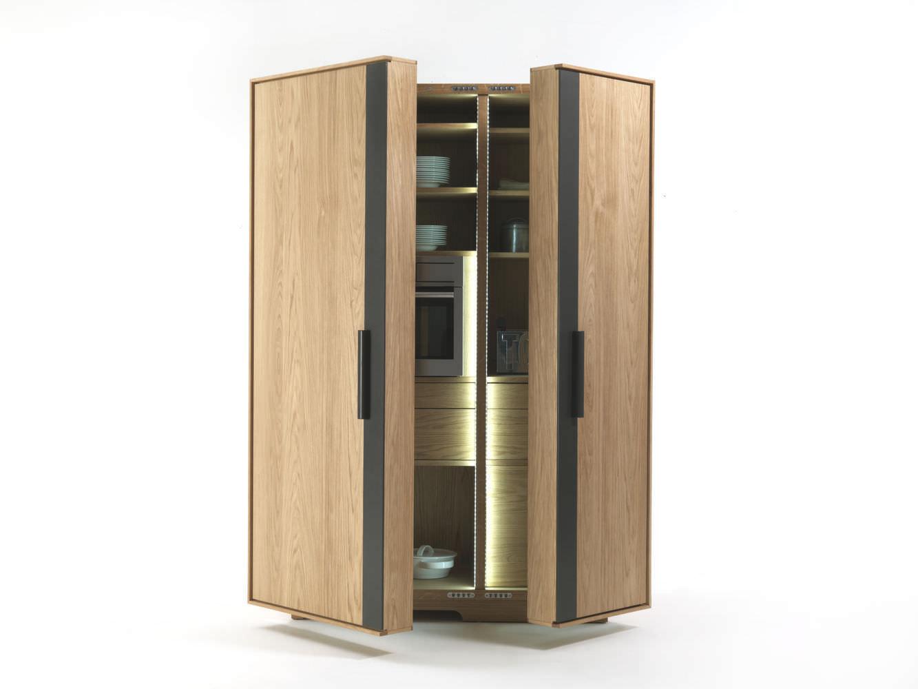 Colonne per bagno : Wood storage cabinet for kitchen CAMBUSA by Giuliano Cappelletti Riva Industria Mobili