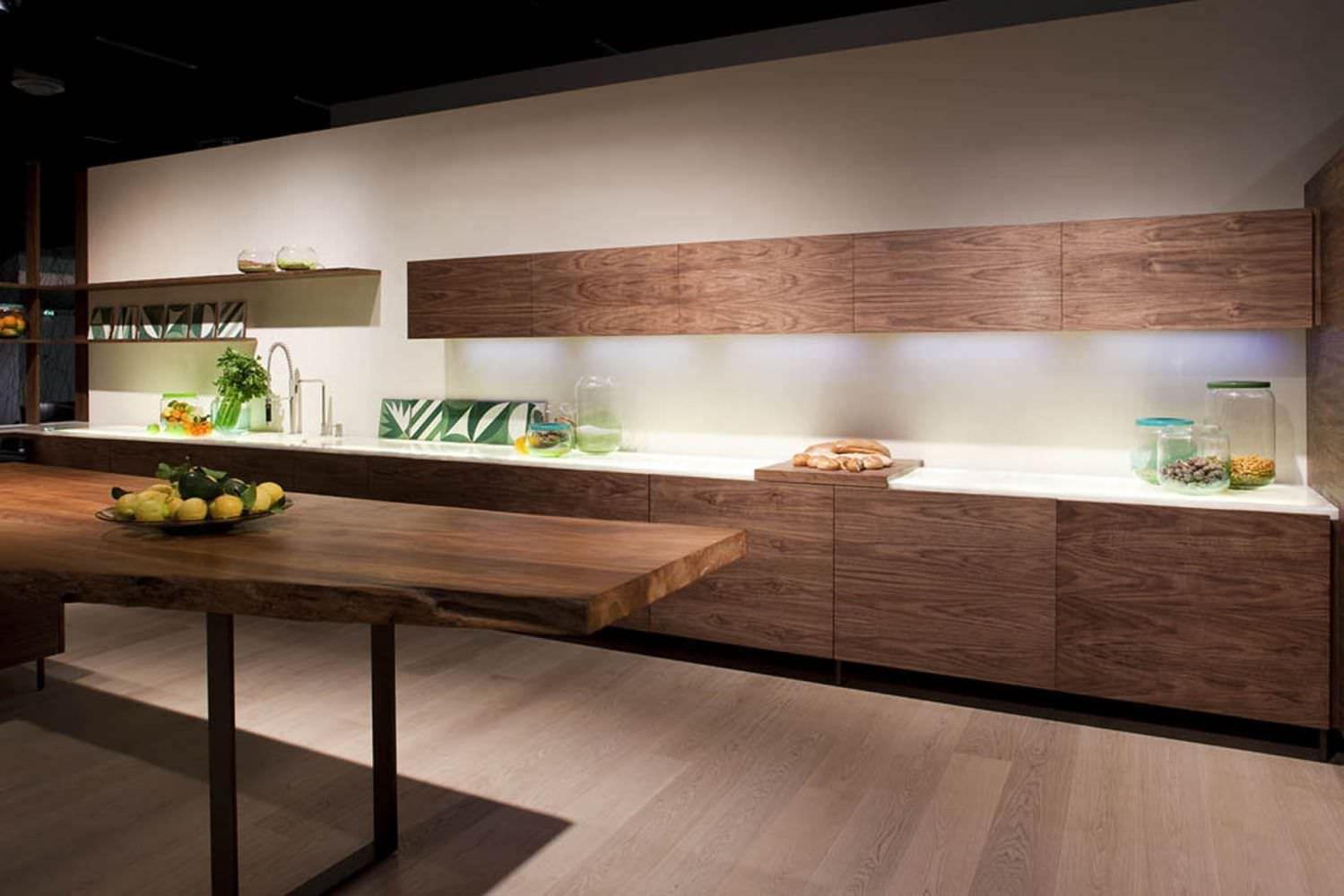 ... Contemporary Kitchen / Wooden / Island / Handleless ...