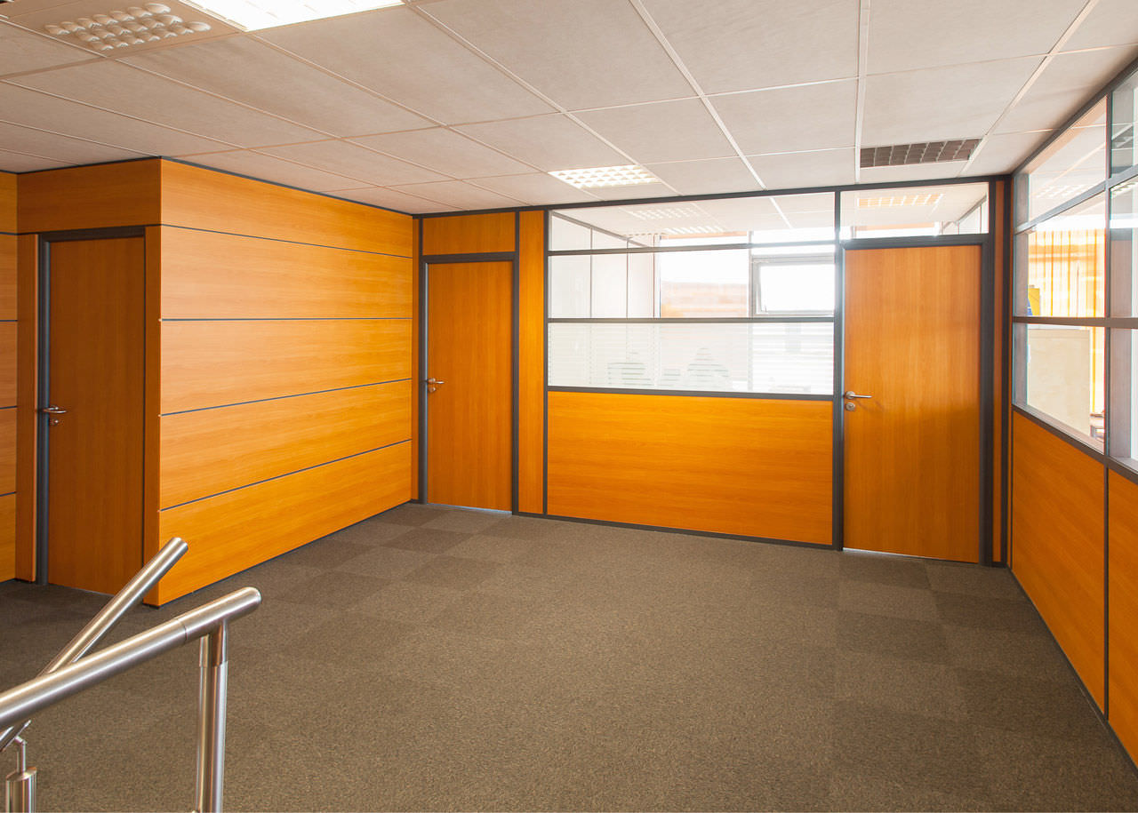 Removable partition / glazed / for offices - S7 - Clipper