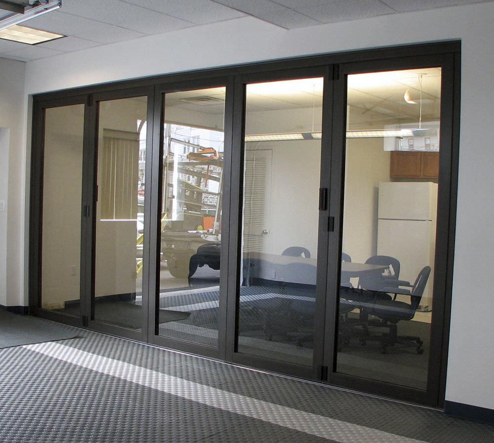 Folding partition aluminum professional Solar Innovations Inc