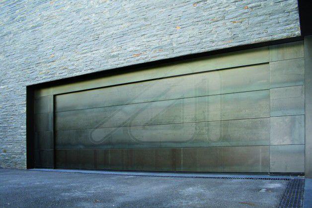 Sectional Garage Doors / COR TEN® Steel / Automatic SANDWICH Angel Mir U2013  Portes ...